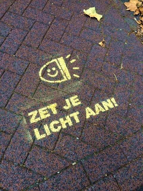 zet je licht aan